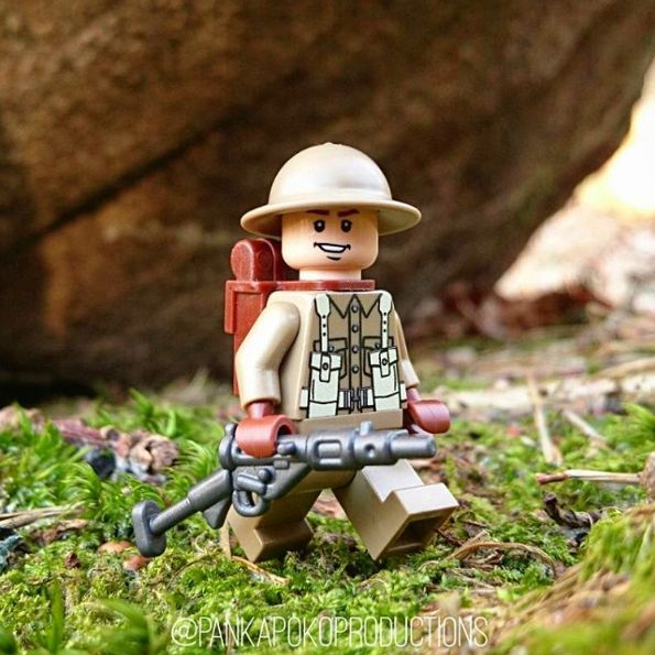 Custom LEGO Minifigure of the Week – British Soldier by