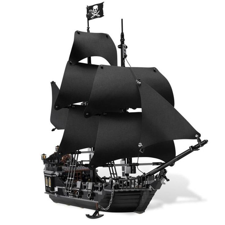 Pirates of the Caribbean The Black Pearl – LIMITED EDITION