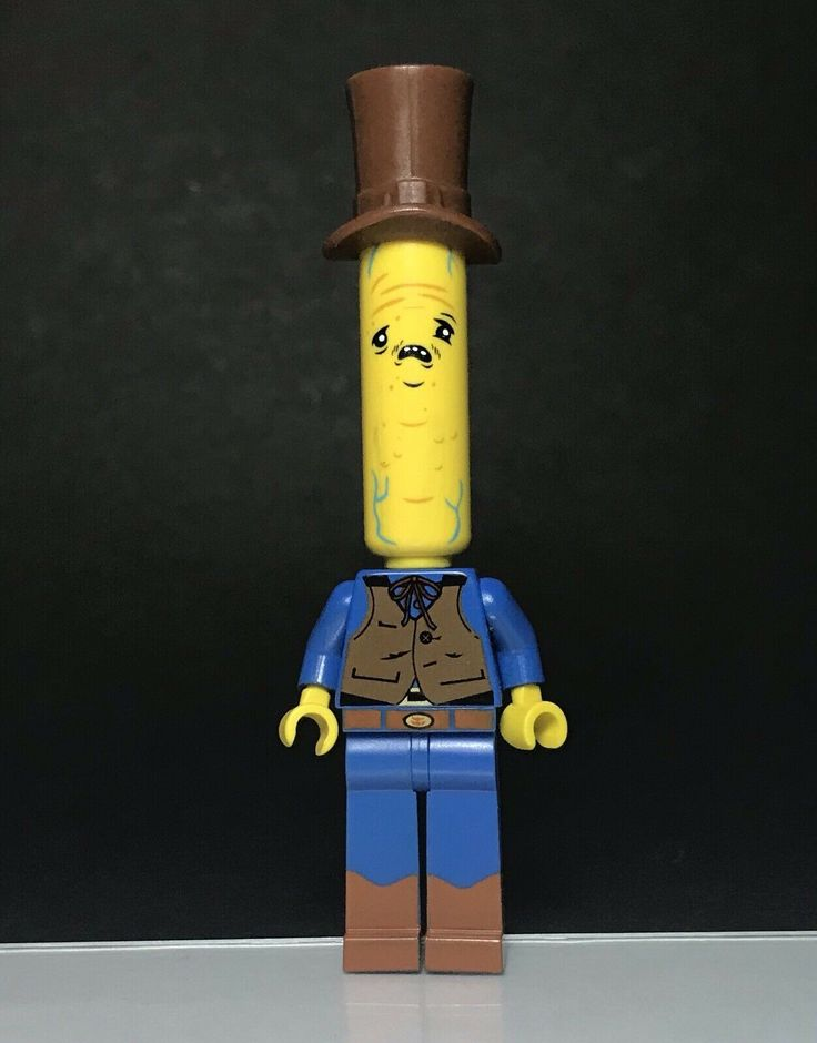 Lego Citizen Brick Limited Edition Tall Head Figure