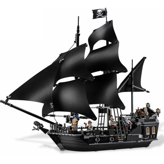 Pirate of Caribbean Black Pearl Ship Model Building Kit
