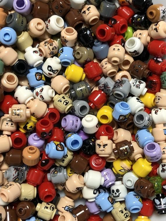 Lego Minifigure Lot of 50 Multi Colored Heads Male Female Mixed Bulk Lot Star Wars Super Heroes & More Free US Shipping
