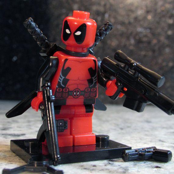 Custom DEADPOOL Minifigure with Lego size Battle Rifle, SMG & more! Marvel X-Men Merc Super Hero Building Toy