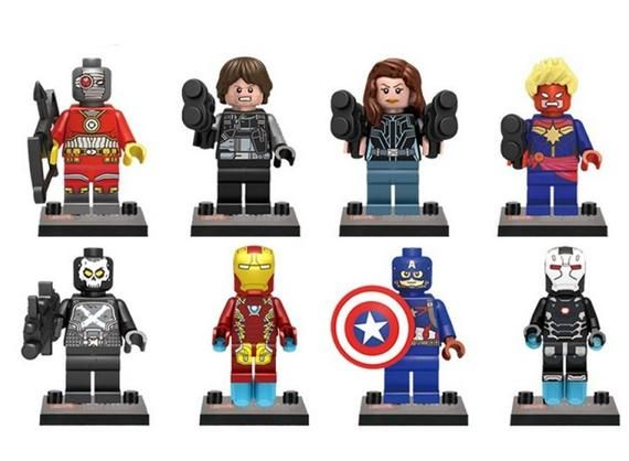 Lot of 8 Super Heroes Minifigures (Civil War – Captain America, Iron Man). customized
