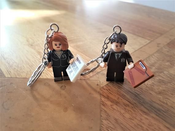Mulder and Scully, The X-Files mini figure keychain keyrings, Lego minifigure Fi…