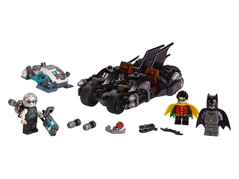 Mr. Freeze™ Batcycle™ Battle 76118 | DC Super Heroes | Buy online at the Official LEGO® Shop US