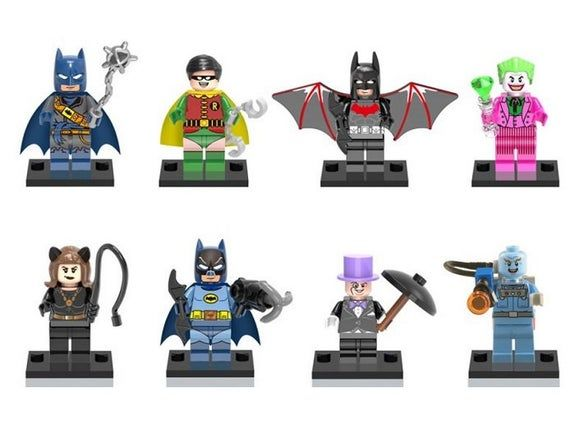 Lot of 8 Super Heroes Minifigures (Batman, Robin, Joker, Penguin, Catwoman, Mr. Cold (Mr. Freeze)).