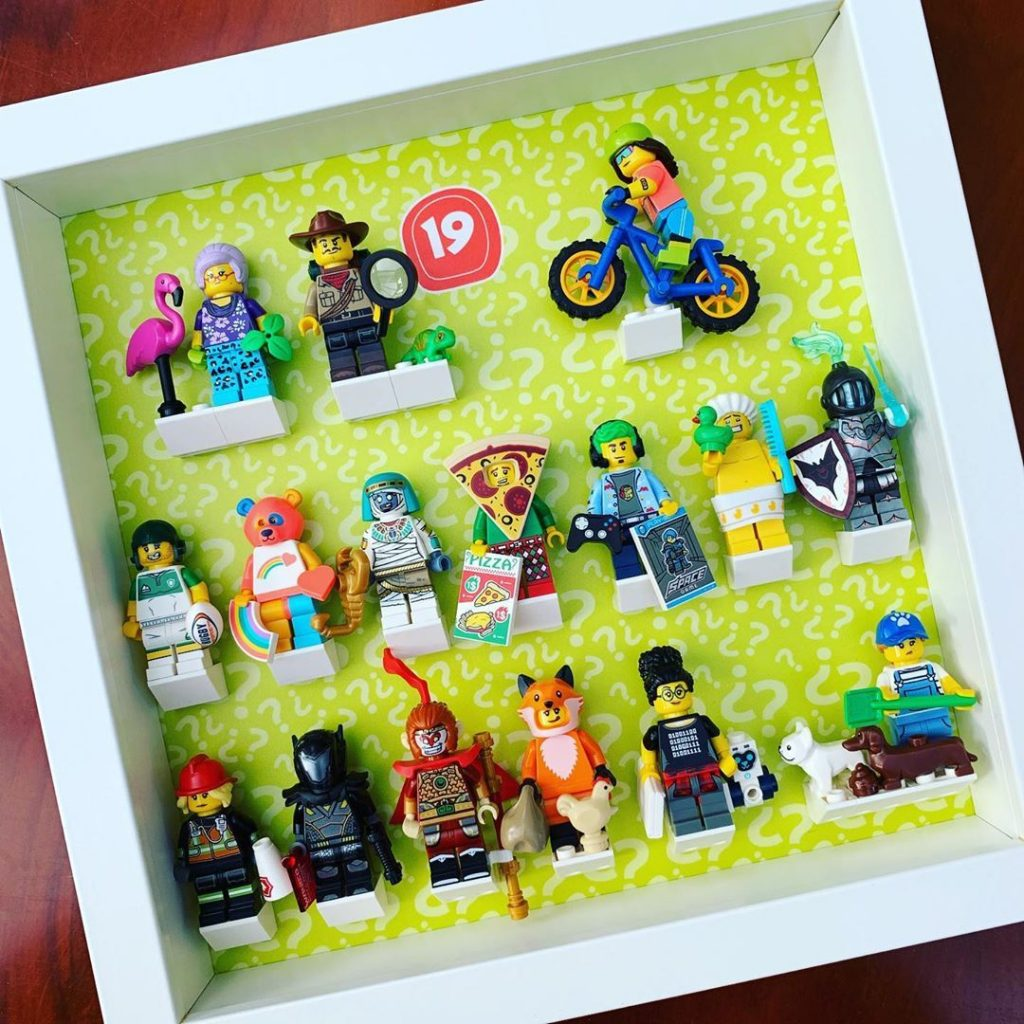 IT'S HERE… Our new Frame Punk display frame compatible with LEGO minifigures…
