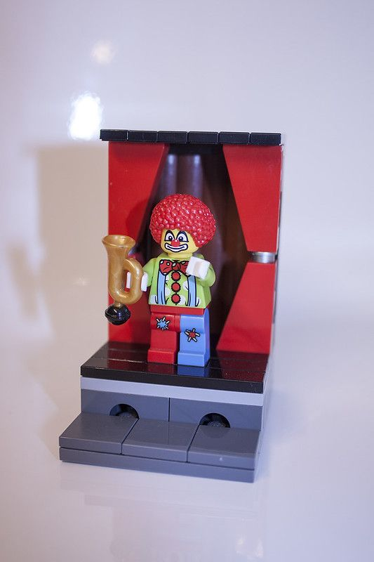 LEGO Minifigure – Serie 1 – No. 4 – Circus Clown