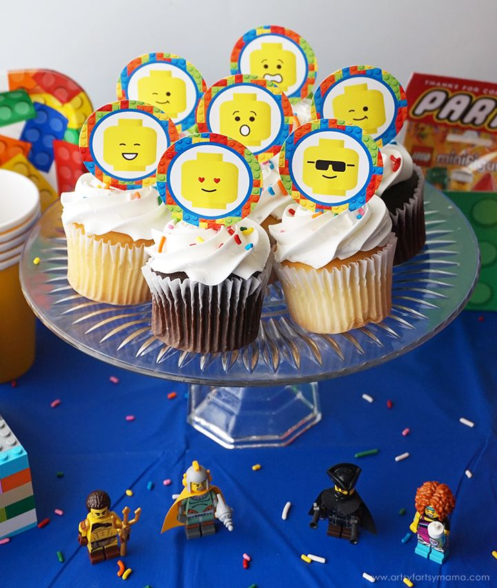 LEGO Minifigure Party with Free Printables