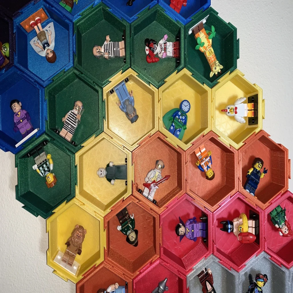 Modular Hexagonal Dovetail display box compatible with LEGO®  minifigures  by gafnorin