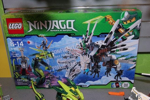Toy Fair 2012 – Ninjago – 9450 Epic Dragon Battle – 01