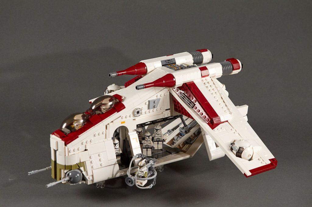 Lego LAAT Republic Gunship Moc