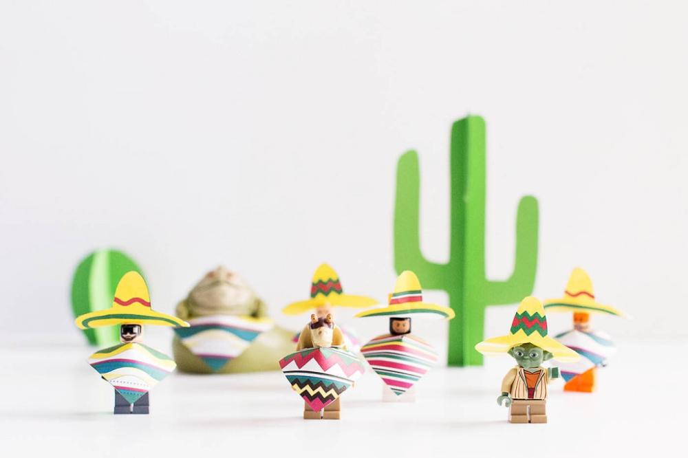 Printable Minifigure Sombrero Y Poncho — All for the Boys