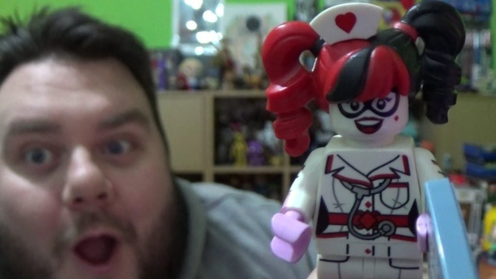 HARLEY QUINN LEGO Minifigures Batman Movie Limited Edition Series 71017 Blind Bag Opening Review